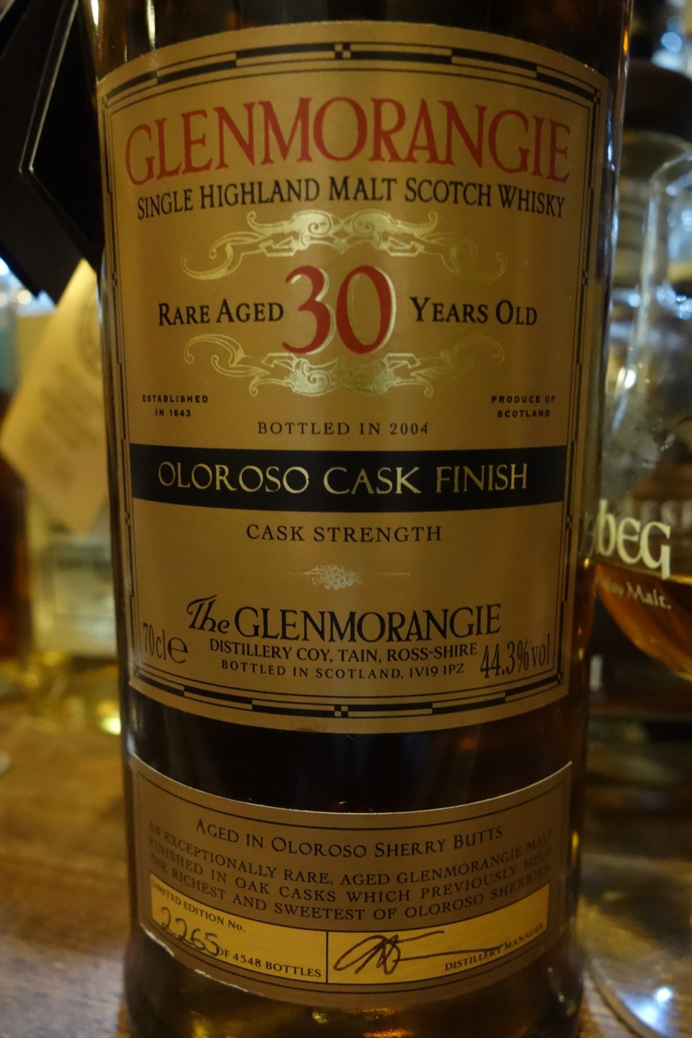 "グレンモーレンジ GLENMORANGIE 30yo OB ""OLOROSO CASK FINISH"" bottled in 2004 (1)"