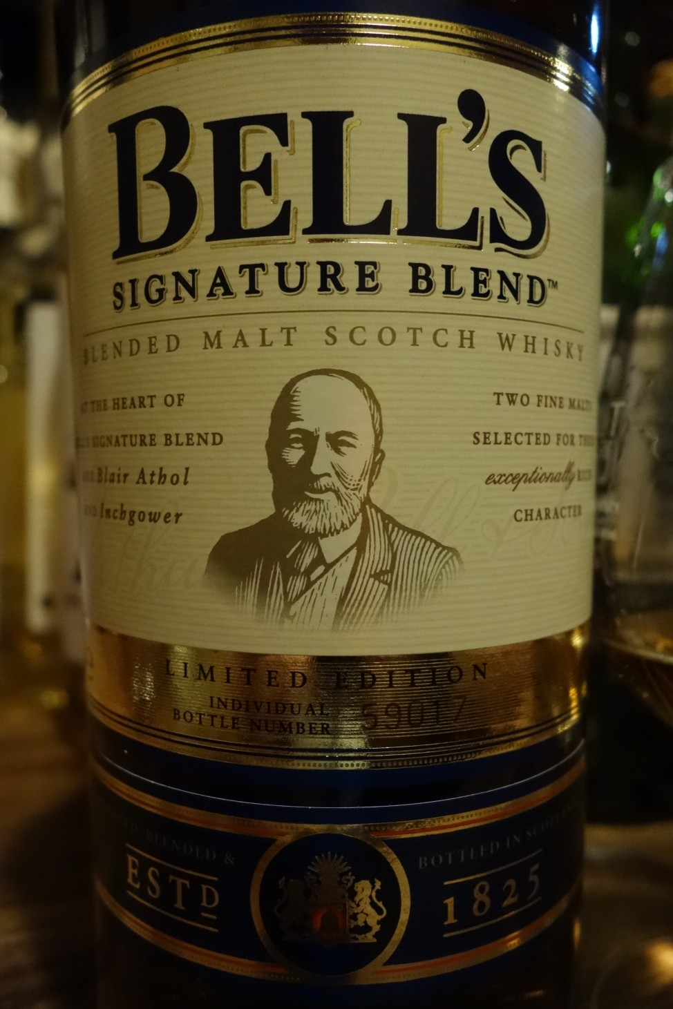 ベル BELL''S SIGNATURE BLEND LIMITED EDITION